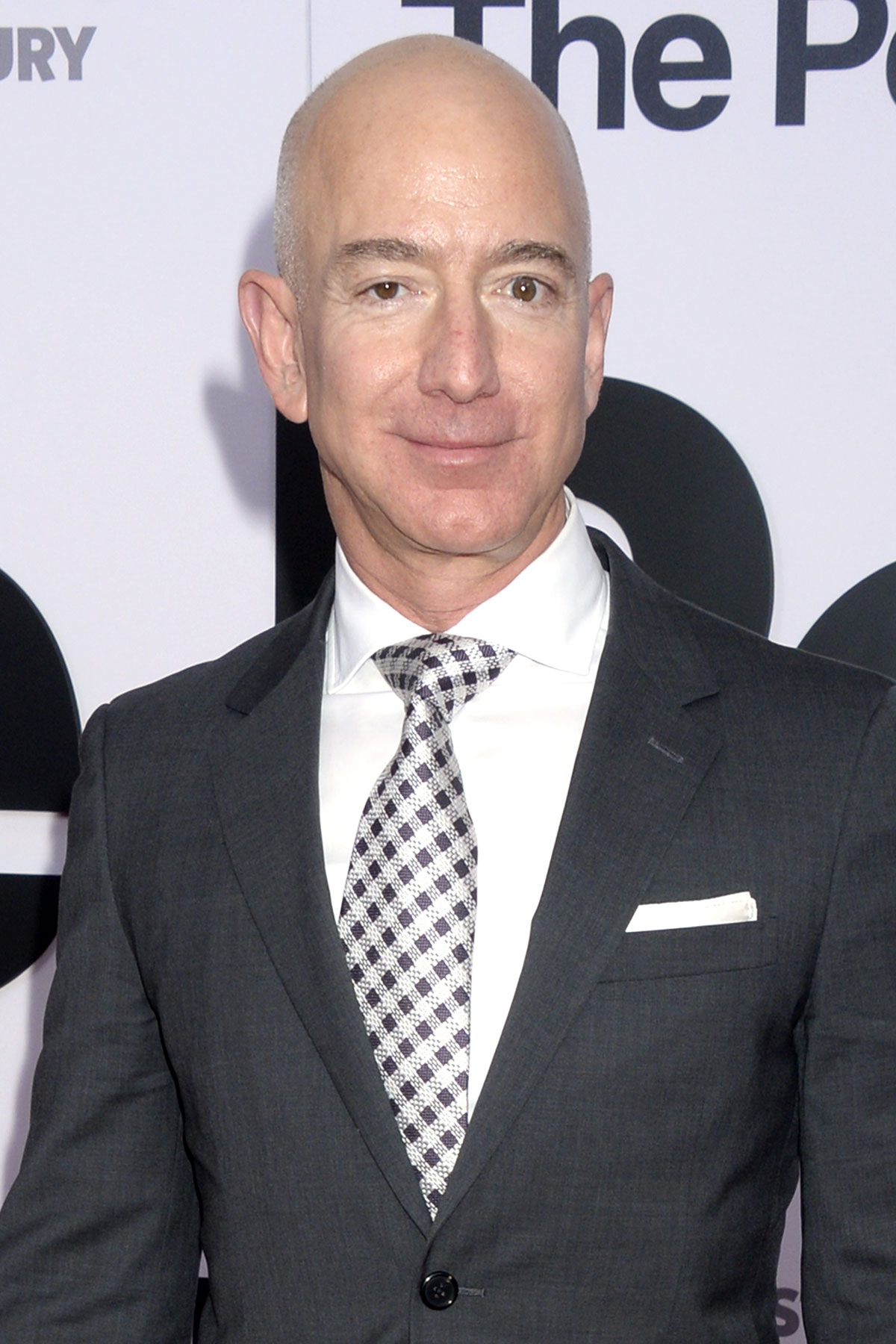 Jeff Bezos Calls Out National Enquirer for Attempted