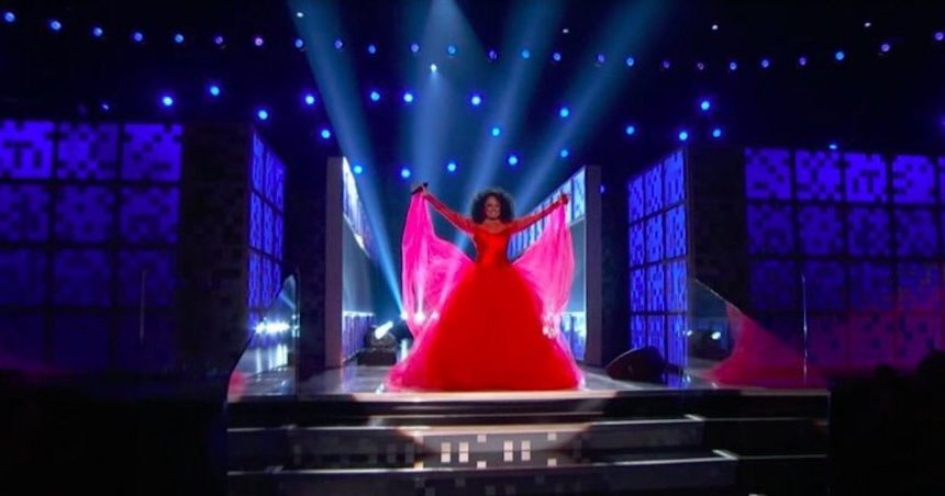 Grammys 2019: Diana Ross Performs!
