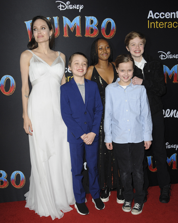 Angelina Jolie Brings Kids To Dumbo Premiere
