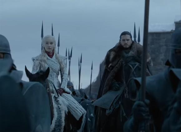 Jon and Daenerys arrive at Winterfell
