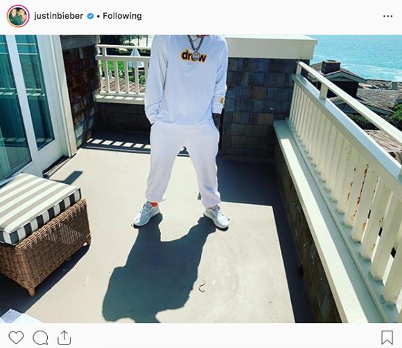 Justin Bieber headless Instagram