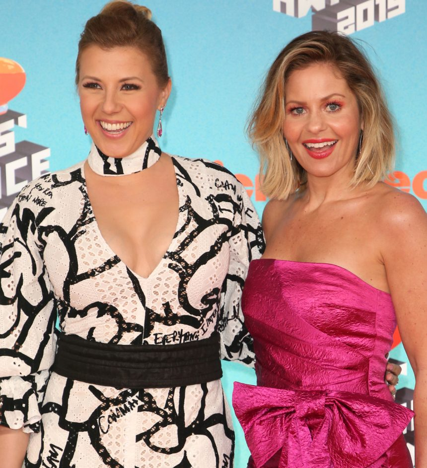 Ideal in pink! Candace Cameron Bure stuns at Kids Choice