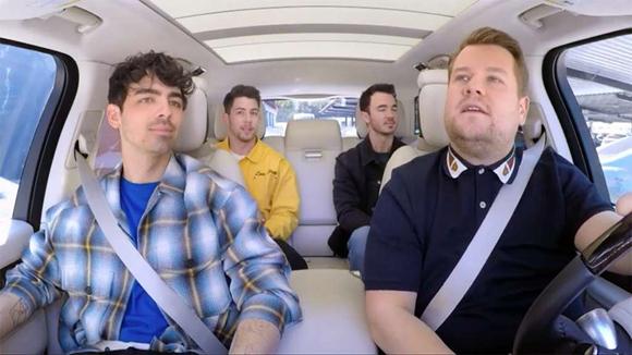 """The Jonas Brothers do """"Carpool Karaoke""""!"""