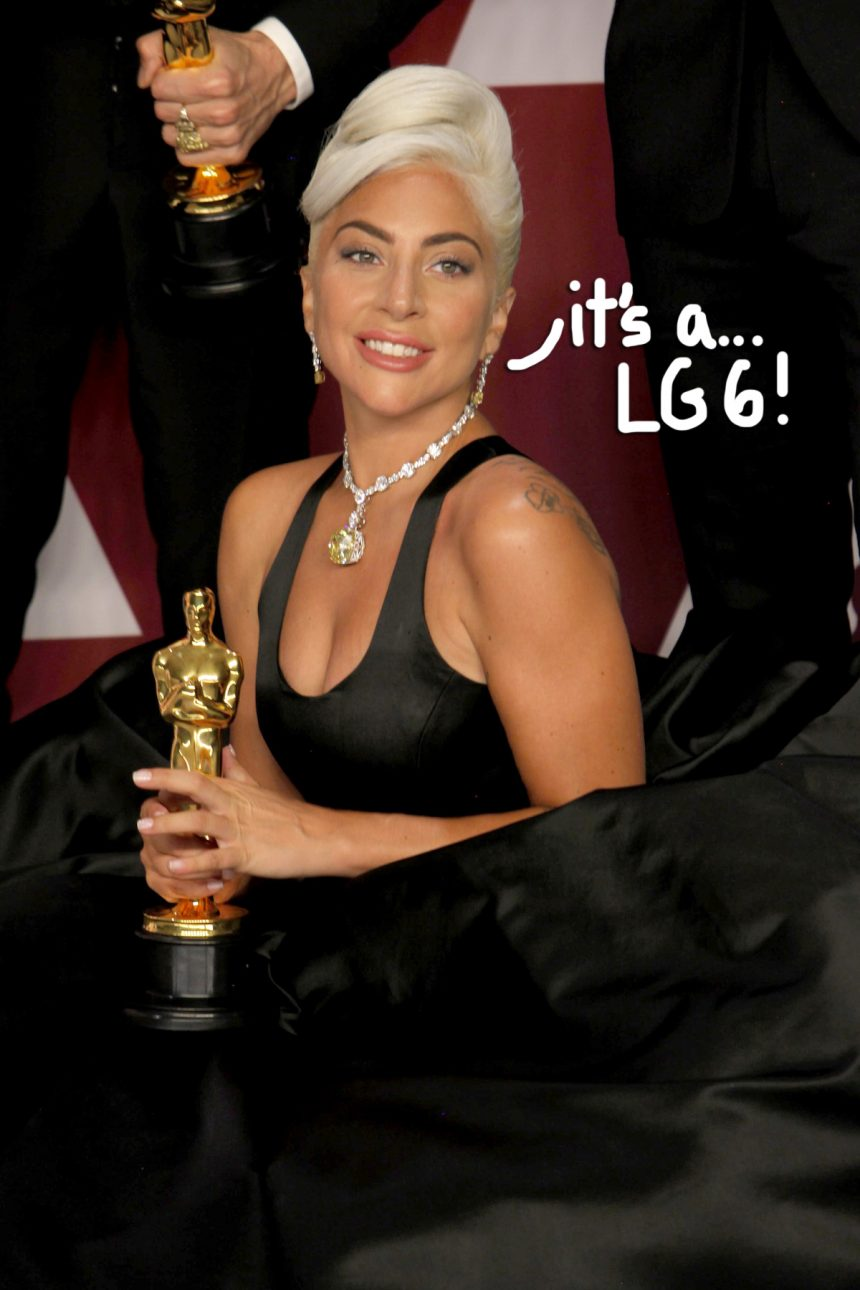 Lady GaGa Is Expecting    Her Next Album, Fans Go CRAZY On Twitter