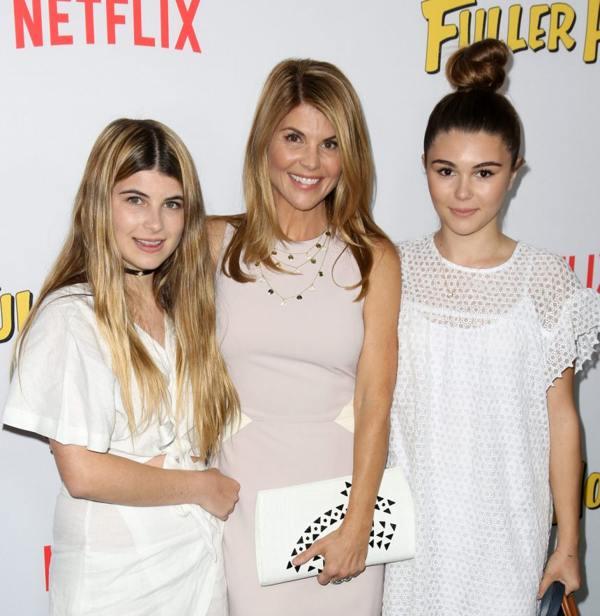 Lori Loughlin reportedly 'got fixated' on getting daughters into USC