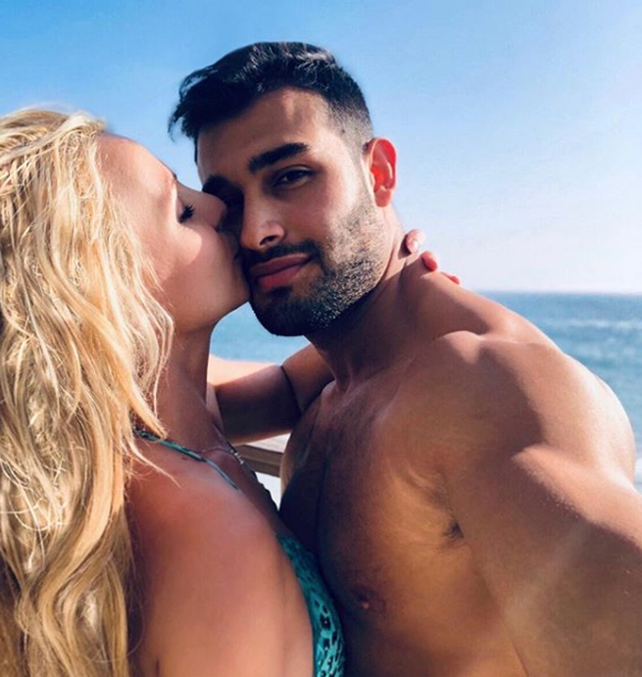 Britney Spears' boyfriend Sam Asghari assures fans singer is 'doing amazing'
