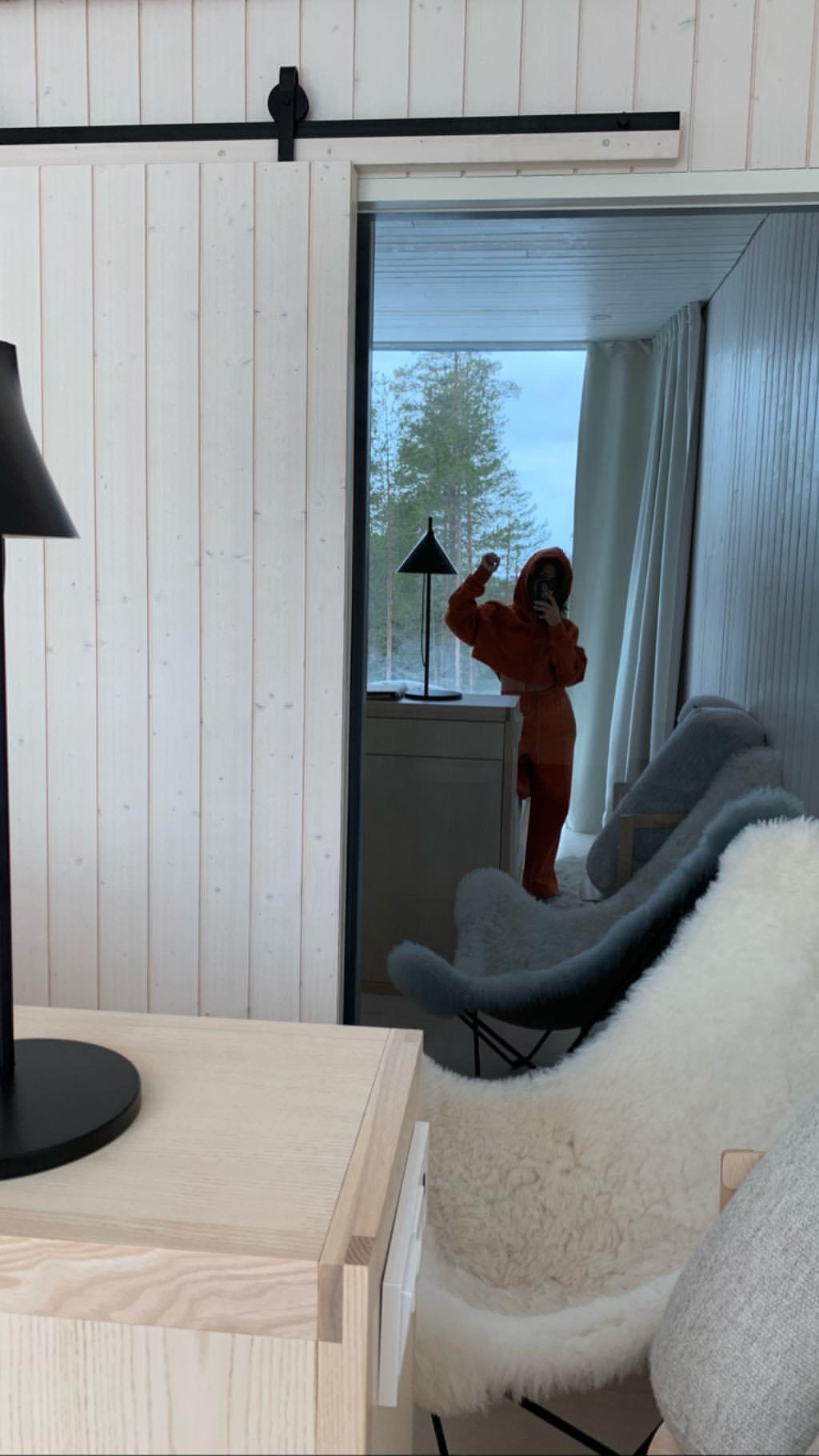 kourtney snaps a selfie in the resort