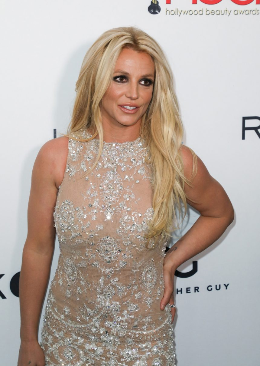 Britney Spears Is 'Dea...