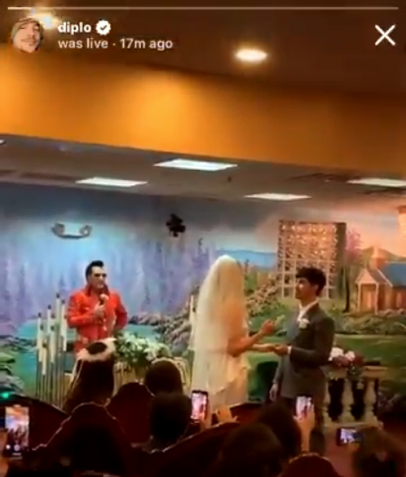 The wedding of Sophie Turner and Joe Jonas in the Diplo live stream