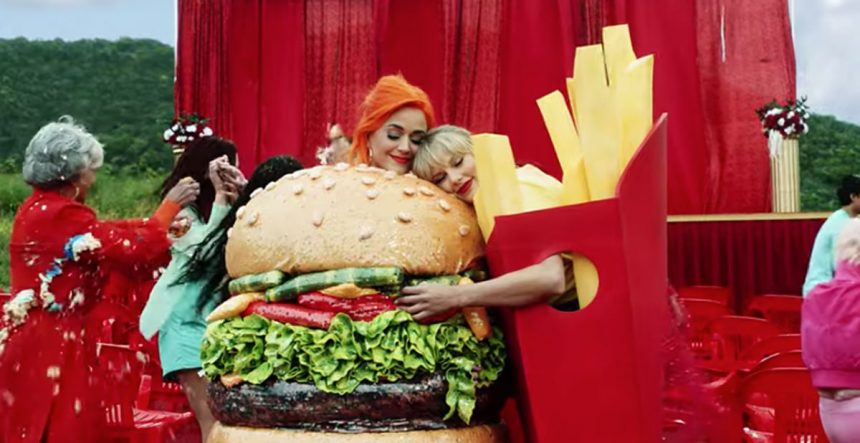 Taylor Swift reunites with Katy Perry