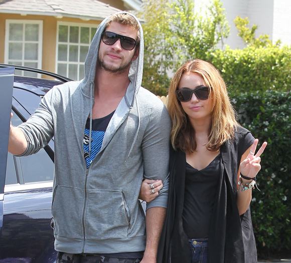 Miley Cyrus slams Liam Hemsworth break up rumors in tweet celebrating anniversary