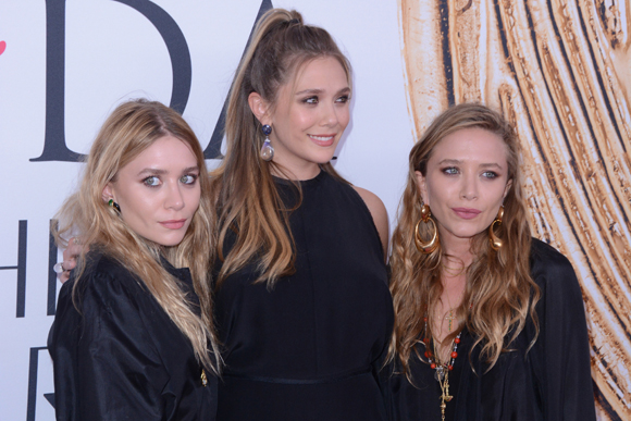 Elizabeth Olsen and her big sisters