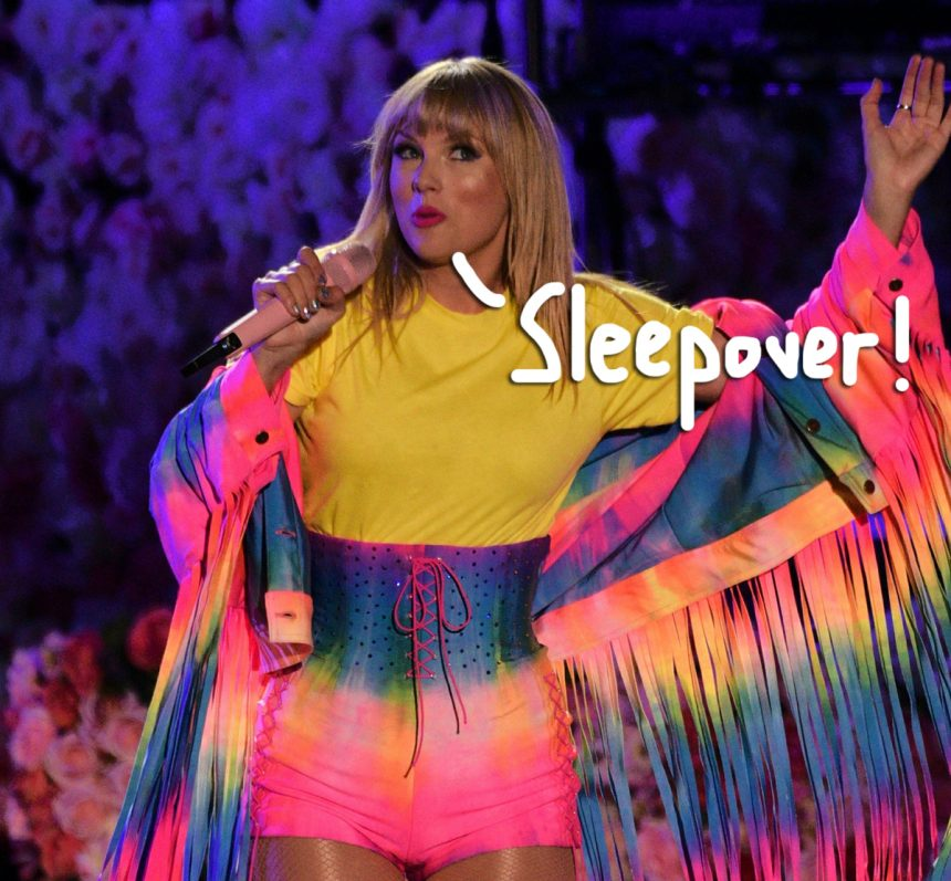 Taylor Swift Hosts Another Private Listening Session In Nashville Amp It Lasted So Long Fans Fell Asleep Perez Hilton