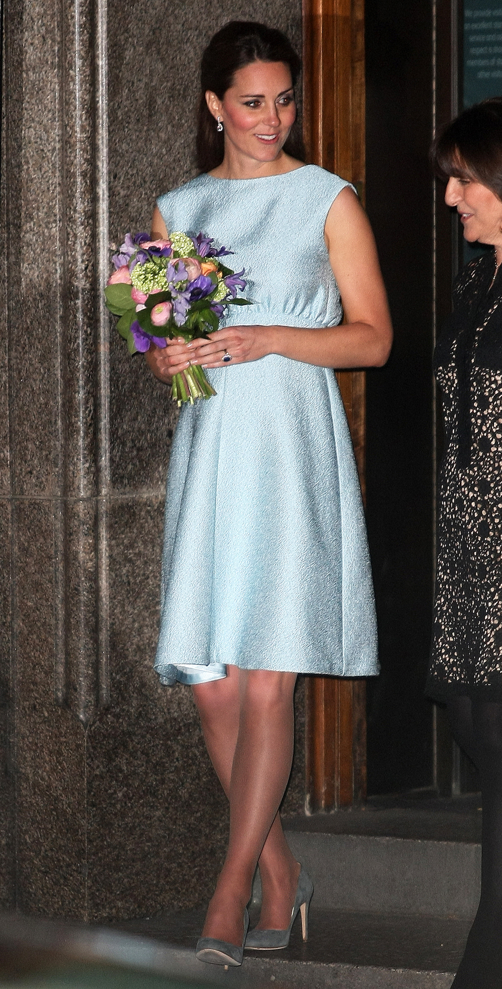 kate middleton appears at art gallery 2013