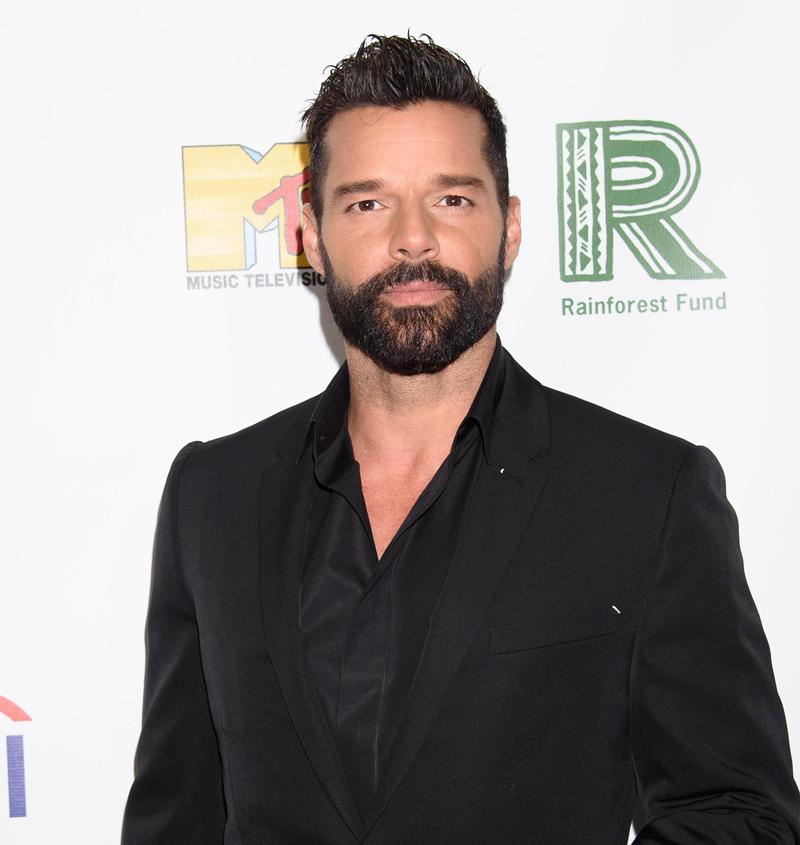 Ricky Martin helps fight coronavirus pandemic