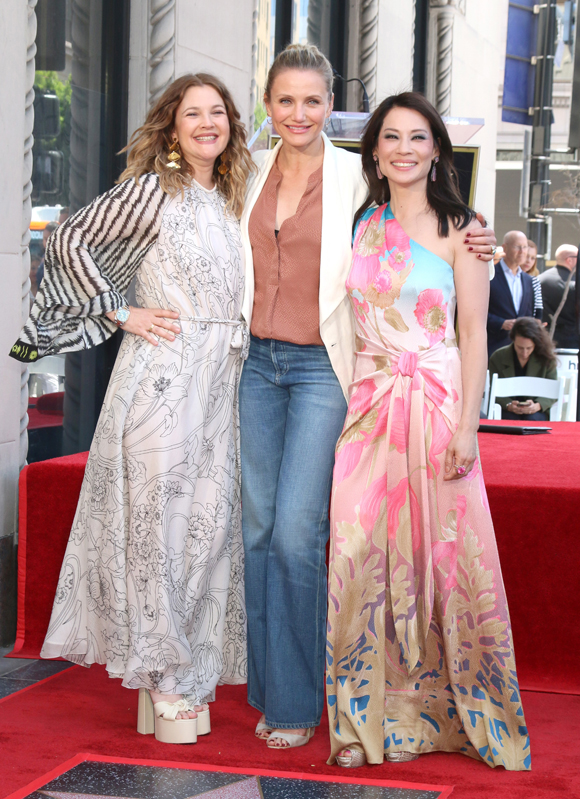 cameron diaz with charlie's angels costars