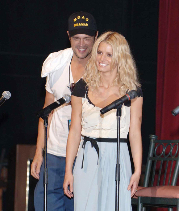 Jessica with Johnny Knoxville at a screening of Dukes of Hazzard in 2005