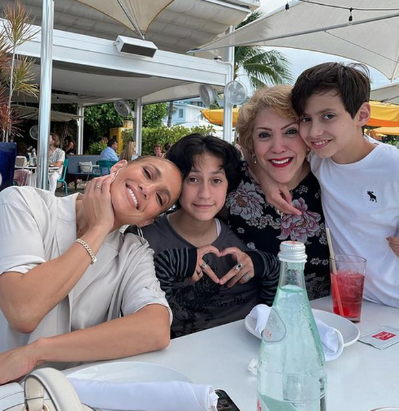 Jennifer Lopez with her twins and momma Guadalupe
