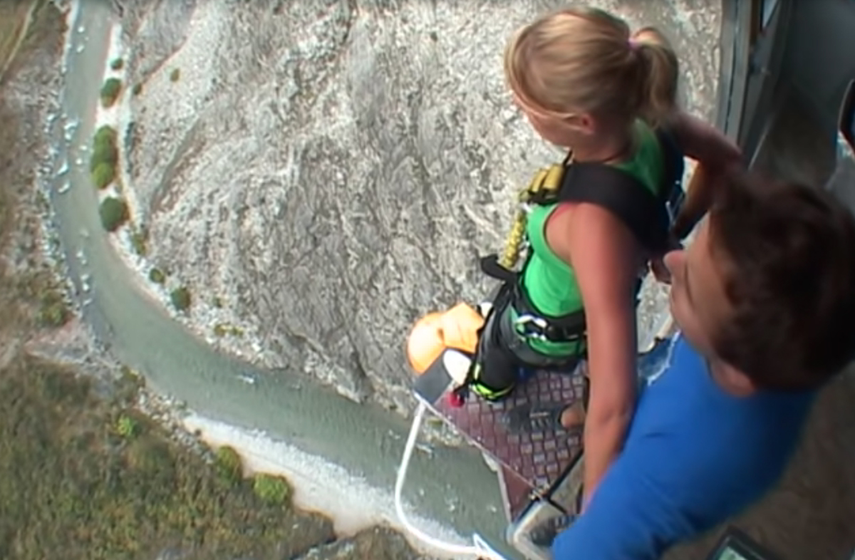 Woman Leaps To Death In Front Of Boyfriend After Misreading Bungee Jumping Signal