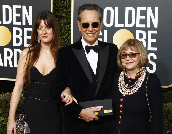 Richard E Grant with Joan Washington and daughter Olivia at the 2019 Golden Globes