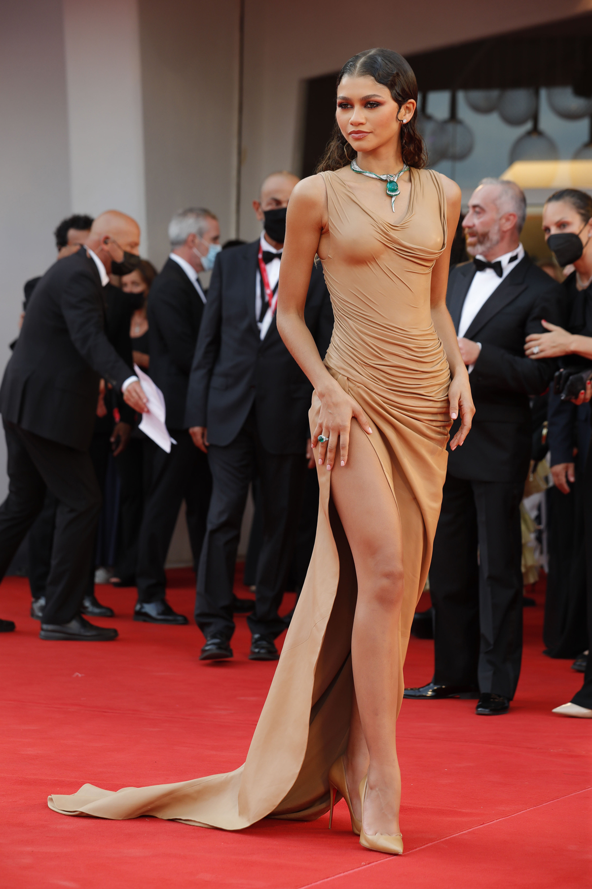 Zendaya Clingy Nude Balmain Gown Look For The Venice Film Festival