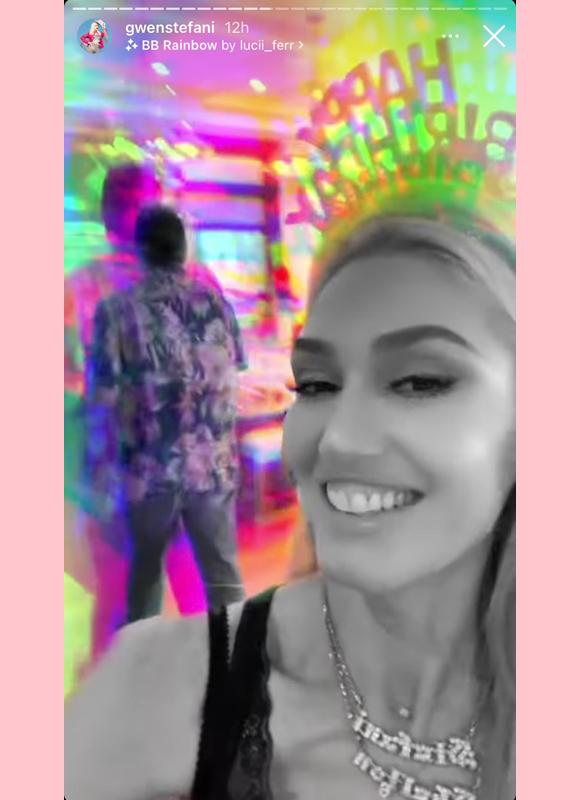 gwen stefani, blake shelton : gwen's birthday instagram story
